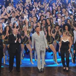 Arrancó Tinelli: Un cambalache multitudinario y tecnológico