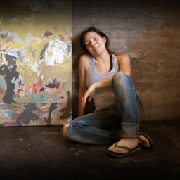 Paula Vázquez: color vibrante