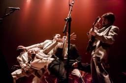 La Joven Guarrior: combazo creativo y teatral