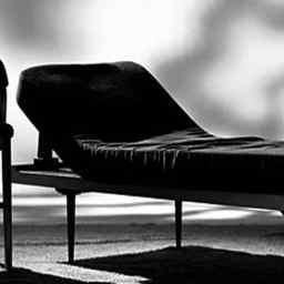 El psicoanálisis responde: la sociedad, al diván