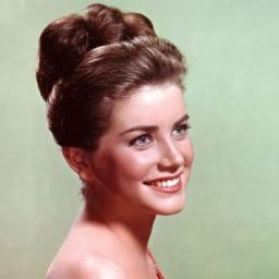 Dolores Hart: la estrella de Hollywood que dejó todo para convertirse en monja