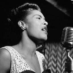La vida rota de Billie Holiday, una reina del jazz arrasada por el desamor y las drogas